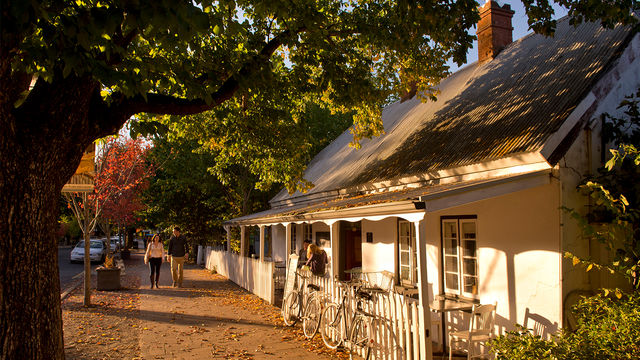 Ultimate Adelaide & Hahndorf